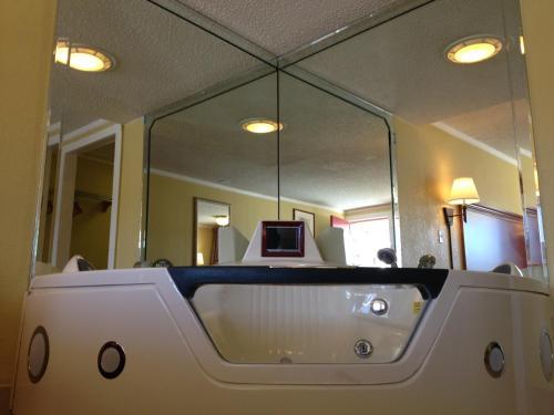 Americas Best Value Inn Conyers - Conyers, GA 30012