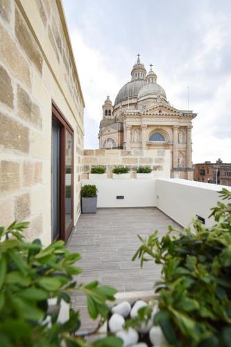 Pjazza San Gwann Battista, XWK 1011 Xewkija, Malta.