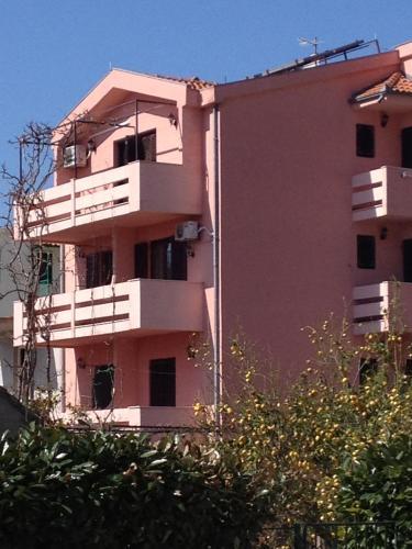 Apartments Krolo