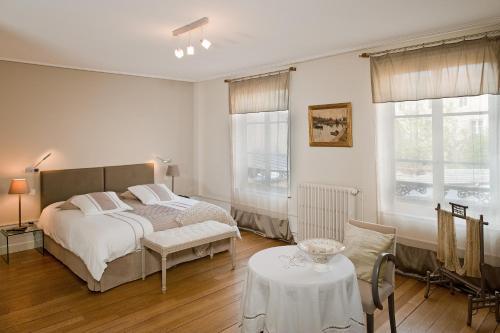 maison d 39 h te de myon chambre d 39 h tes 7 rue mably. Black Bedroom Furniture Sets. Home Design Ideas