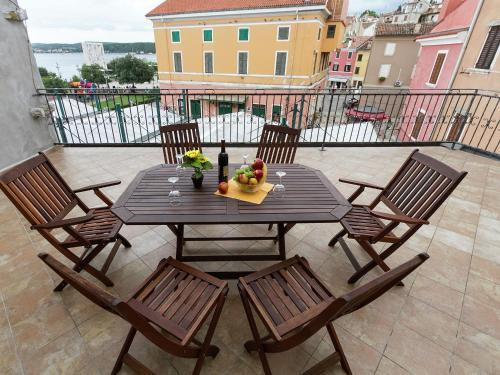 Apartment Nino Rovinj