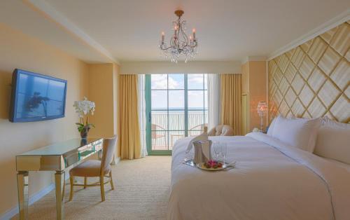 Hilton Virginia Beach Oceanfront Photo