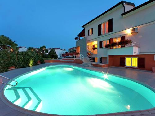 Apartment Irena No 4