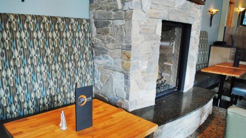 Prestige Hudson Bay Lodge - Smithers, BC V0J 2N0