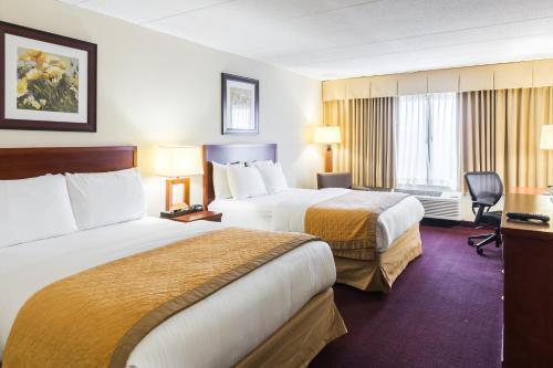 Clarion Hotel Somerset - Somerset, NJ 08873