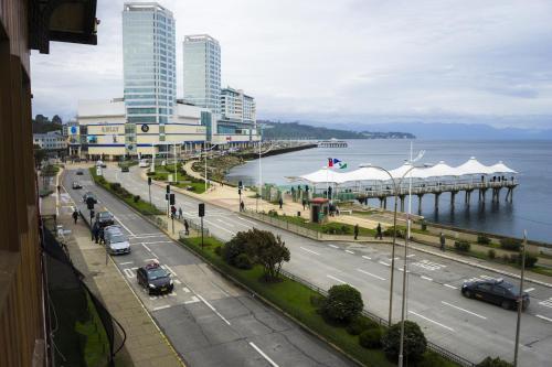 Gran Hotel Vicente Costanera Photo