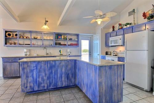Blue Calypso ASL609 Photo