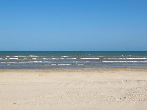 Cajun Beach GW101 Photo