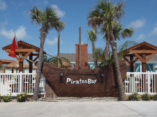 Pirates Lair PB215 Photo