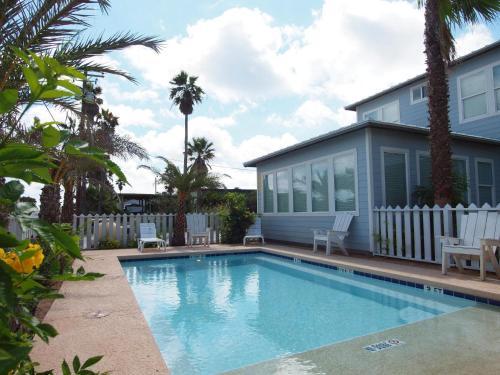 Beach Club (Clubhouse 1) Photo