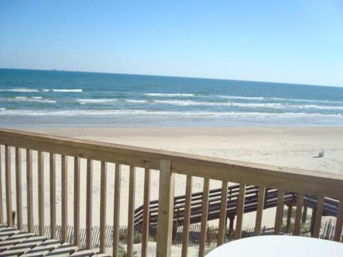 Tita's Sandcastle LC17 Photo