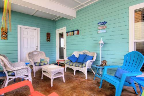Aloha Cottage 20RP Photo