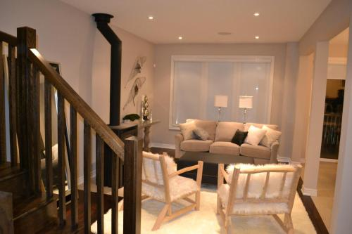 Blue Mountains Fully Furnished Townhouse - Blue Mountains, ON N0H 2P0