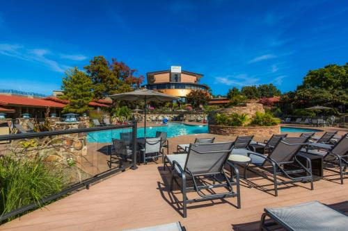 The Lodge Of Four Seasons Golf Resort Hotel Lake Ozark