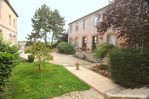 H 244 Tellerie Saint Yves H 244 Tel 3 Rue Des Acacias 28000