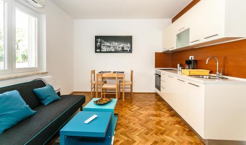 Apartment Zdravko A2