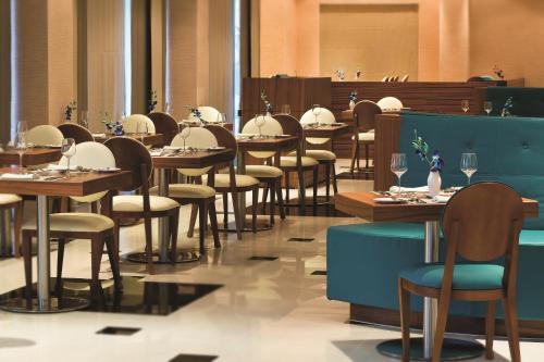 AVANI Deira Dubai Hotel photo 41