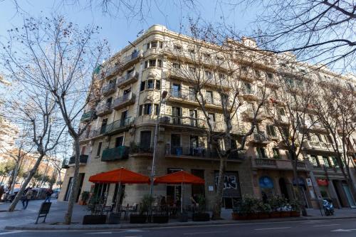 AinB Eixample-Miro Apartments photo 21