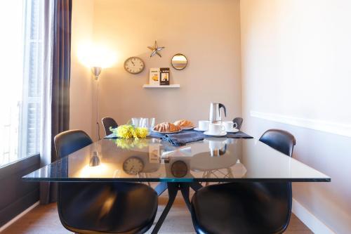 AinB Eixample-Miro Apartments photo 41