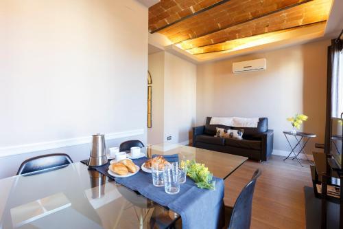 AinB Eixample-Miro Apartments photo 43
