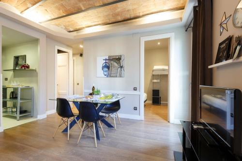 AinB Eixample-Miro Apartments photo 51