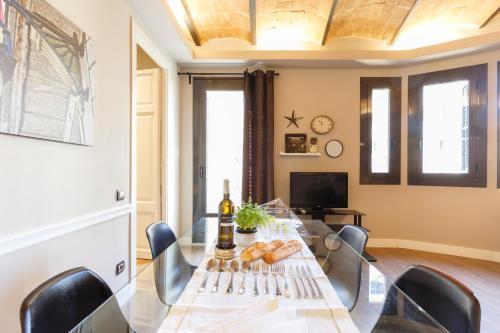 AinB Eixample-Miro Apartments photo 57
