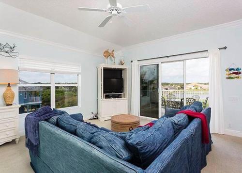 Manatee - Palm Coast, FL 32137