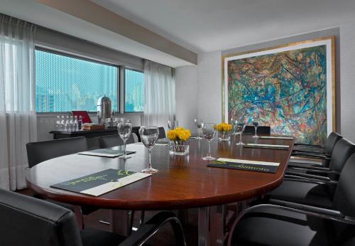Sheraton Cordoba Hotel Photo