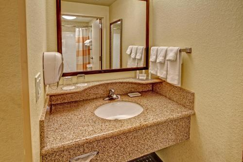 Springhill Suites By Marriott Naples - Naples, FL 34117