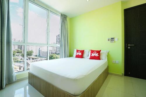 ZEN Rooms Evergreen Residence photo 3