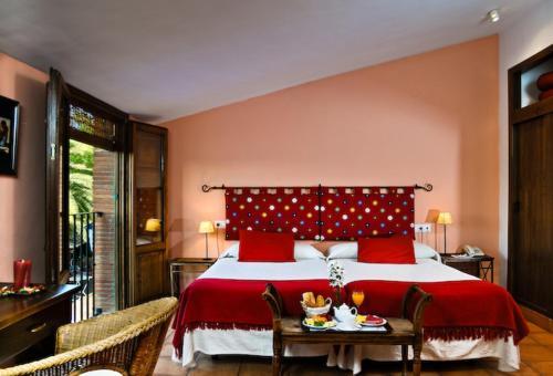 Double or Twin Room Hotel La Garapa 10