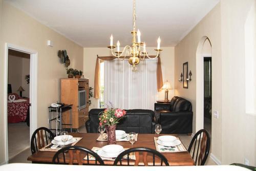 Luxury Windsor Hills Condo - Kissimmee, FL 34747