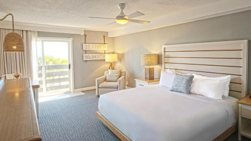 The Beach House A Holiday Inn Resort