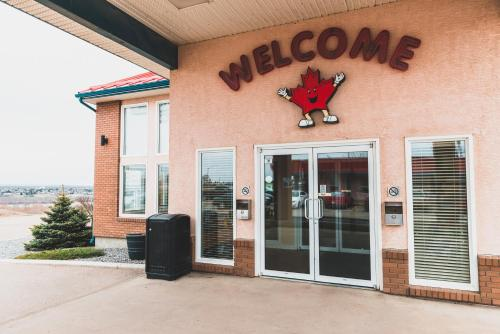 Canadian Motel North Battleford - North Battleford, SK S9A 3K2