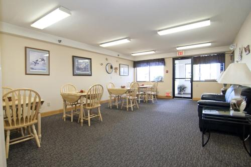 Americas Best Value Inn Zumbrota - Zumbrota, MN 55992