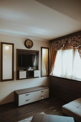 https://q-xx.bstatic.com/images/hotel/max500/678/67859399.jpg