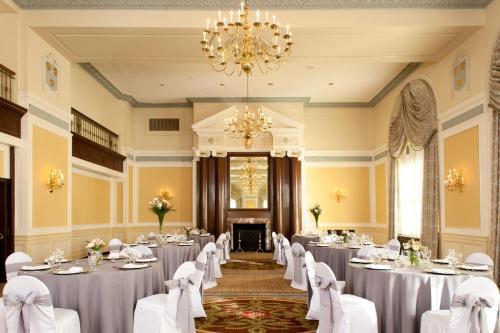 Francis Marion Hotel Photo