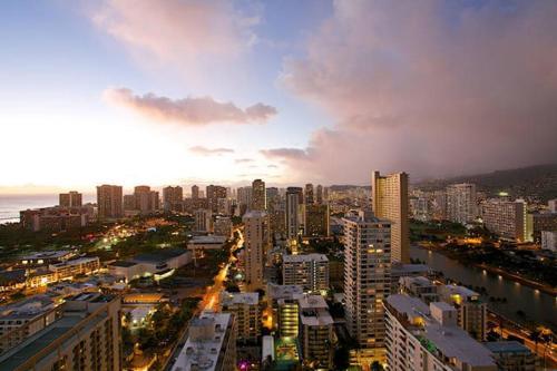 Waikiki Studio #2818 - Honolulu, HI 96815
