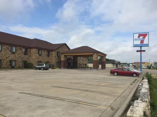 Studio 7 Harker Heights - Harker Heights, TX 76548