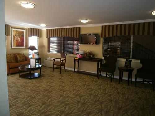 Kennesaw Inn - Kennesaw, GA 30144