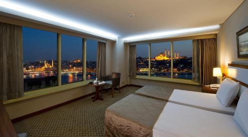 Istanbul Golden City Hotel photo 21