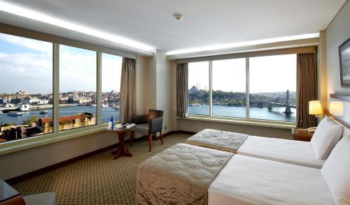 Istanbul Golden City Hotel photo 32