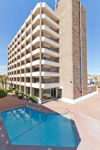 Padre South Hotel On The Beach - South Padre Island, TX 78597