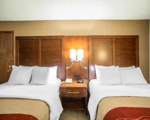 Comfort Inn Boonville Photo