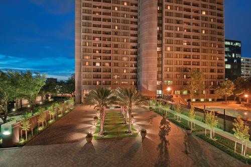 DoubleTree Suites by Hilton Houston by the Galleria photo 36