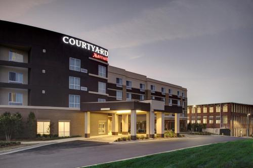 Foto de Courtyard by Marriott Starkville MSU at The Mill Conference Center