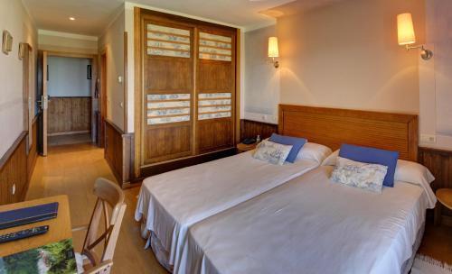 Doppel- oder Zweibettzimmer Hotel Mirador del Sella 12