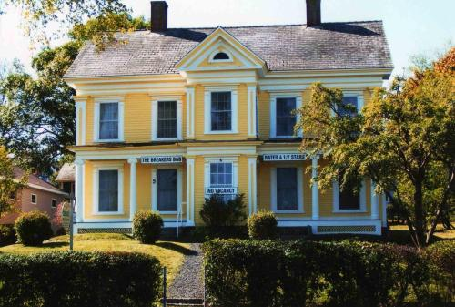 The Breakers Bed And Breakfast