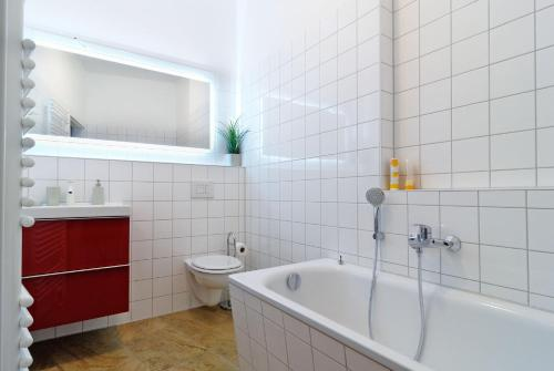 Grand Central Mitte Apartment photo 168