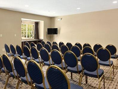 Microtel Inn & Suites by Wyndham Columbia Photo